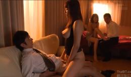 Phim sex javhd Đổi vợ với hàng xóm dâm dục