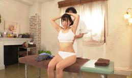 Đưa vợ đi massage mà thằng ku bắt ngồi ngoài chờ