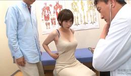 Đưa vợ đi khám gặp tay bác sĩ biến thái