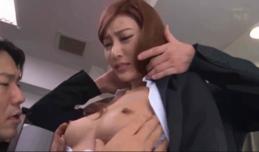 Em bán bảo hiểm khiêu dâm khách hàng để ký HD