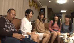 Bố già đãng trí và 3 cô con gái