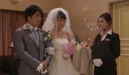 Chú rể ngoại tình trong lễ cưới